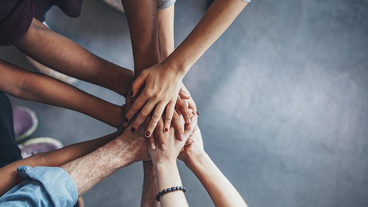 自助式、互幫互助、慈善與公共性援助